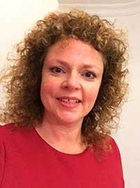 Miss Clare - Profesora y directora de la academia Marbella Study Centre